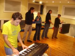 Workshopping short form musical improv with the Lunatics (2008)